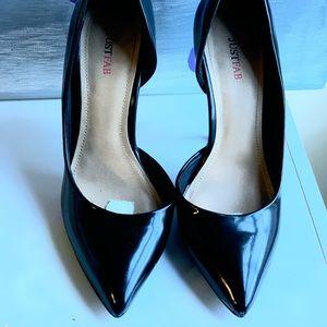 JustFab Black Patent Leather Heels Size 7